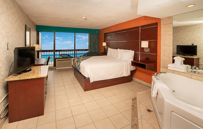 Hotels With Jacuzzi In Room In Norfolk Virginia